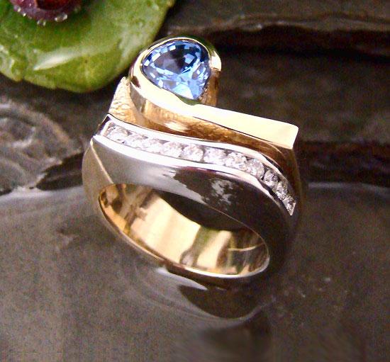 Award Winner 2009 - Sapphire Diamond Ring #113