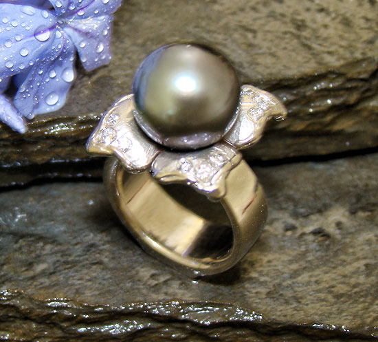 Award Winner 2009 - Tahitian Pearl Ring #114