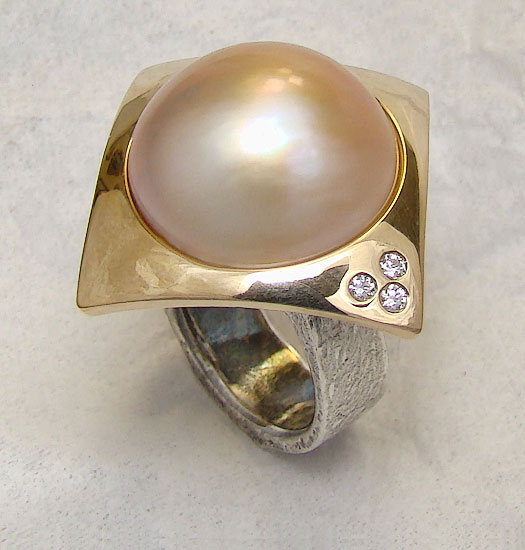 Two Tone Mabe Pearl Ring # 166