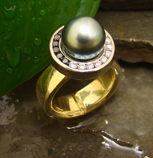 Tahitian Pearl with Black and Whte Diamonds #175