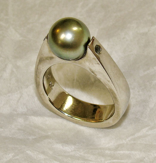 Tahitian Pearl White Gold Ring #252